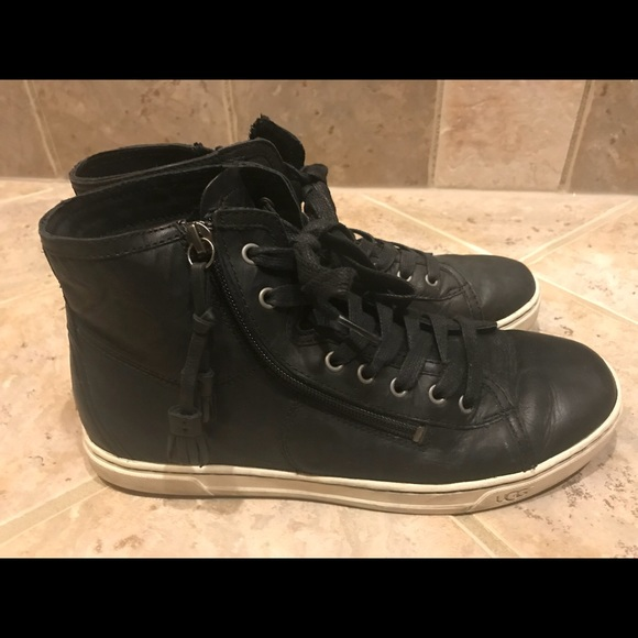 74316386c07 UGG gradie leather sneaker size 9.5